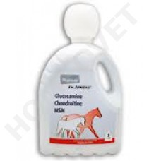 Glucosamine, chondroitin and MSM combination by Pharmox for horses 2 liters